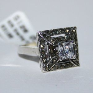 NWT size 5 Square cz sterling ring with marcasites